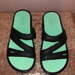 Girls pool shoes